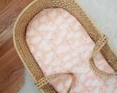 Swan Moses Basket Sheet - Moses Basket Sheet - Swan Nursery Decor - Bassinet Sheet - Modern Baby Bedding - Modern Nursery - Swan Decor
