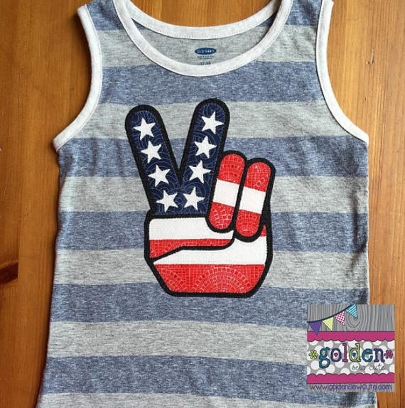 4th of July Peace Sign, Hand Peace Sign, Fourth of July, July 4, Independence Day, Shirt