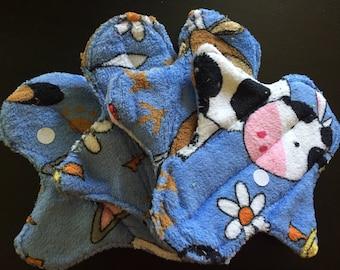 "8 inch Terry ""Farm Animals"" Cloth Pads"