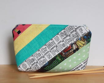 Scrappy Notions Pouch, Small Quilted Zip Top Notions Pouch, Knitting or Crocheting Accessories Bag, Cosmetics Case