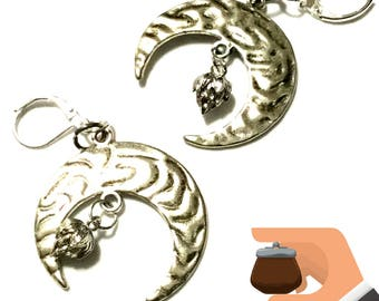 Etched Silver Crescent Moon Earrings, Stunning Crescent and Lotus Bud Earrings, On Trend Style Gift, Special Xmas Gift, Holiday Gift Guide