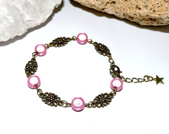 Bracelet with bronze metal and beads