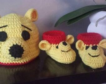 Hat booties winnie the Pooh. Birthday gift.