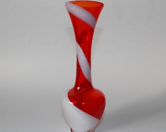 Vintage Italian Empoli Alrose Red and White Swirl glass Vase