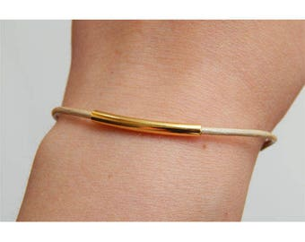 Beige leather adjustable bracelet
