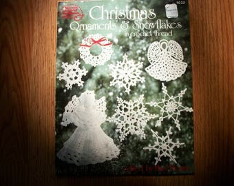 Christmas Ornaments & Snowflakes, crochet thread,angels,stars,wreaths,trees,stockings,bells,heart, ornament pattern,crochet ornaments