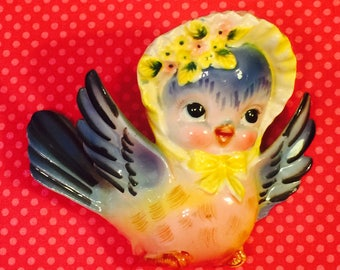 Lefton Anthromoporphic Bluebird Girl wearing a Flowery Bonnet Wall Pocket made in Japan 1950s