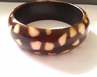 brown bangle with white patches