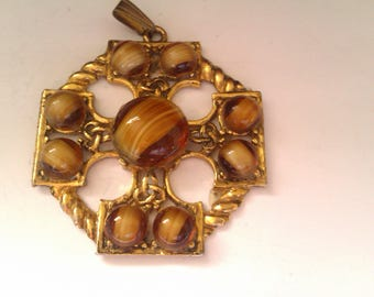 gold coloured tiger eye pendant