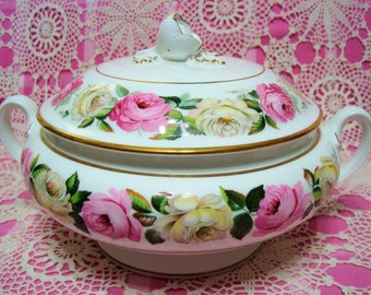 Gorgeous Vintage Royal Worcester ROYAL GARDEN ELGAR Covered Vegetable Dish.