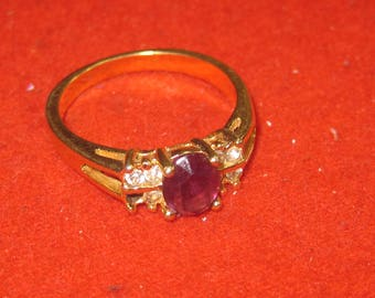 R- 32 Beautiful  Vintage Ring size  10    14 k g.f.