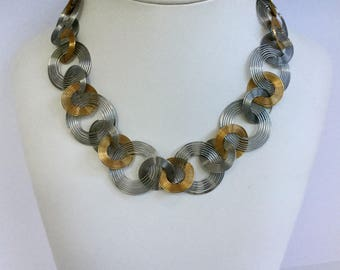 Groovy 70's Spiral Link Necklace