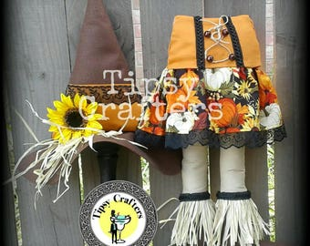 Scarecrow Gal - Fall Witch - Fall Wreath Attachment