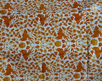 VERY nice JOGYA BANTUL, ethnic JAVANESE BATIK Indonesia (yellow-white)