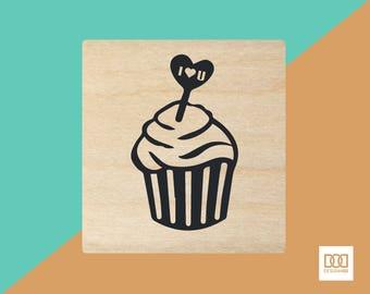 Lovely Cupcake - 3cm Rubber Stamp (DODRS0071)