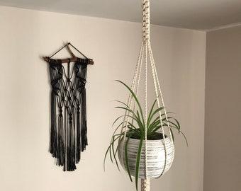 Macrame plant hanger, BOHO style plant hanger, indoor pot holder