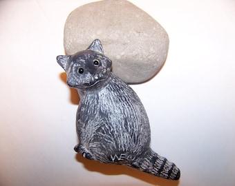 Vintage Soapstone Raccoon Figurine, Raccoon figurine, Animal Figurine, Soapstone Carvings, Soapstone Figurine