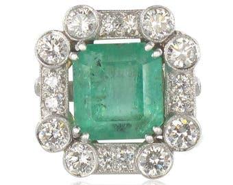 Ring white gold Emerald diamond
