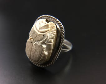 Sterling silver Egyptian scarab ring, size 8, weight 5.8 grams