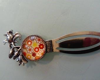 Bookmark original flowers cabochon.