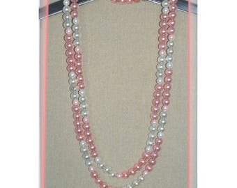 Necklace in Pearl Pink acrylic beads (142cm)