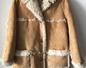 Cozy Mid Length Vintage Warm Beige Genuine Sheepskin Fur Coat Classic Style Fashionable Winter Coat Women's Size Medium.