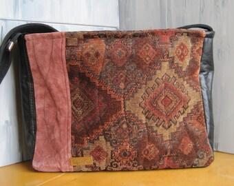 black leather, Navajo, cowgirl, cowboy, rust, tan, plush, unique, large size, handmade, IPad carrier, southwestern style, zipper closure