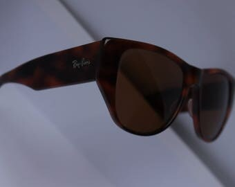 "RAYBAN"" vintage, 80s, 90s, cinema requisite, so good as new"