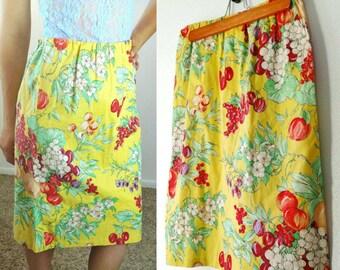 50s Handmade Vintage Sunshine Yellow Pinup Skirt Size Medium// Womens Retro Floral Clothing Summer Pencil Skirt