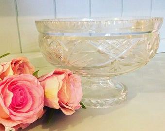 Vintage Crystal Cut Glass Bowl, Trifle Bowl, Vintage Glass Bowl, Vintage Glass Pedestal Bowl, Crystal Bowl, Home Decor, Christmas Display.