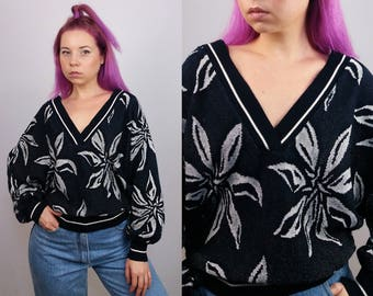 Vintage 80's Deep V-neck Patterned Jumper / Sweater Black and White Flowers made in West Germany | Size S-M