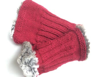 Mitts knittet Size S in red