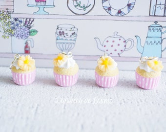 4 stitch markers knitting Cupcake / flowers / Rose