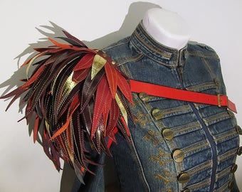 Leather Shoulder Pad, Leather Epaulet, Leather Pauldron, Steampunk, Edgy fashion, shoulder accessory, Epaulette, vampire style