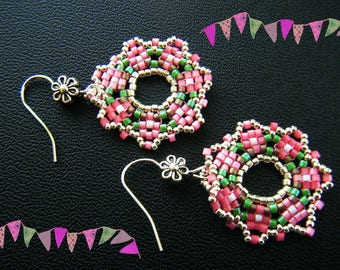 "Earrings woven, ""Fleurette"", silver, hot pink, green."