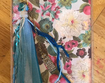 Floral notepad with tassel charm