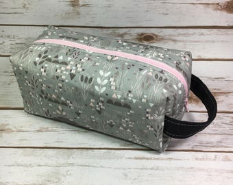 Boxy Makeup Bag, Box Pouch, Fabric Makeup Bag, Cosmetic Bag, Grey Floral, Hawthorne Threads Roam Fabric, Travel Bag, Project Bag