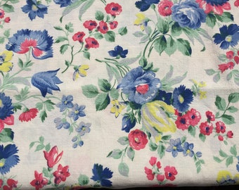 Pretty Vintage 1940's Textured Cotton Floral