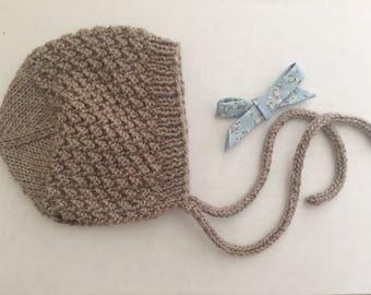 Gender Neutral Baby Bonnet/ Knitted Newborn Hat/ Bonnet Knitted/ Wool Hat for Babies/ Newborn Photo Prop/ Vintage Baby Bonnet