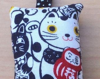 Keychains fabric Maneki neko lucky cats