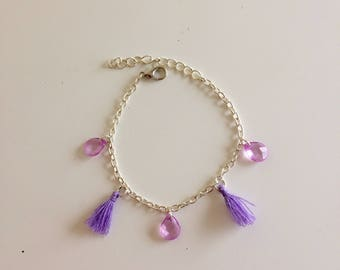Bracelet curb chain tassel and purple beads