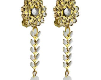 Earring clip white Isis (made in France)