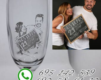 Glass of cava, engraved with photo and text