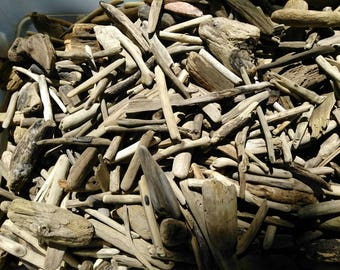SAMPLE PACK Bulk Lot of Pieces of Driftwood Pieces, Surf-Tumbled Drift Wood For Frames Wreaths CRAFTS ~~ Try It Out Today!!!  Free Shipping