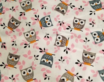 Fitted Crib sheet / fitted crib/ crib sheet / toddler sheet / owl crib sheet / girl crib sheet / pink crib sheets