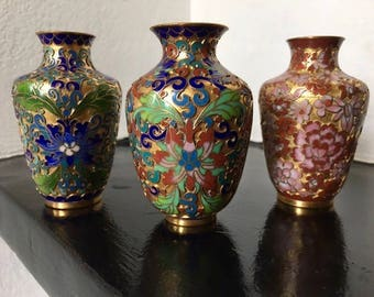 Beautiful Intricate Oriental Vintage Vases