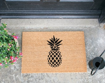 Pineapple doormat - 60x40cm - Quirky Gift
