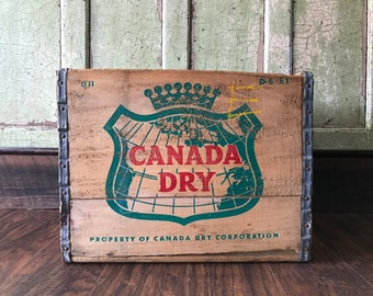 Original 1961 Wooden Canada Dry Soda Crate
