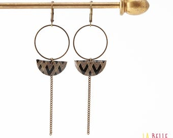 Earrings dangle half moon black graphic pattern