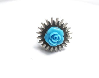 Romantic steampunk ring